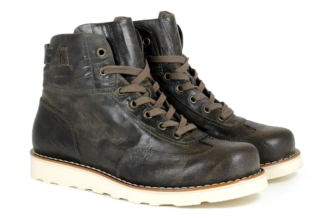 1_formula_shoes_DSC0252_1340x880