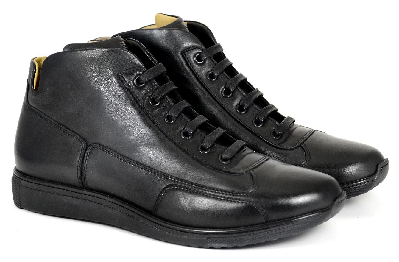 formula_shoes-UM_J_NEROJPG